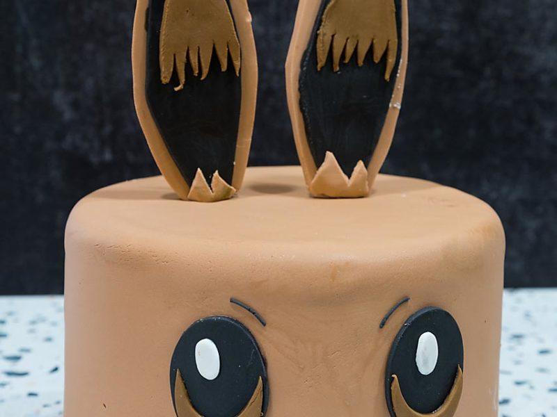 Pokem Eevee Cake